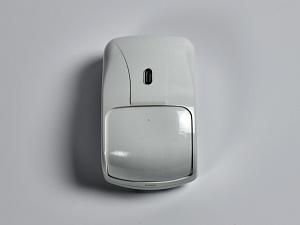 Охранный извещатель объемный оптико-электронный ИО 409-17/1 Фотон-12