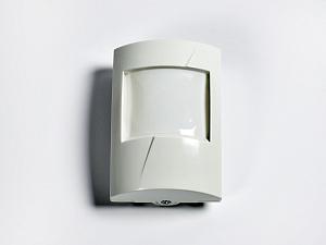 Охранный извещатель объемный оптико-электронный 3D PETWISE